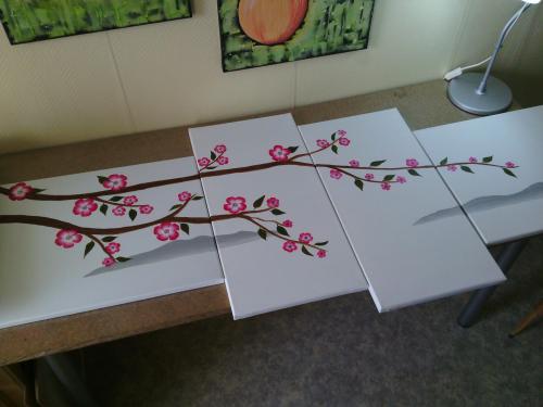 exemples de tableaux en peinture acrylique sur toile pour d butant. Black Bedroom Furniture Sets. Home Design Ideas